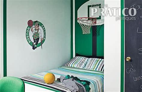 petit panier de basket pour chambre idées déco pour chambres d 39 enfants sportifs déconome