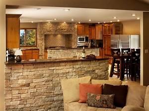 Cuisine Semi Ouverte Avec Bar : d co pierre pour les murs de la cuisine en 49 exemples ~ Melissatoandfro.com Idées de Décoration