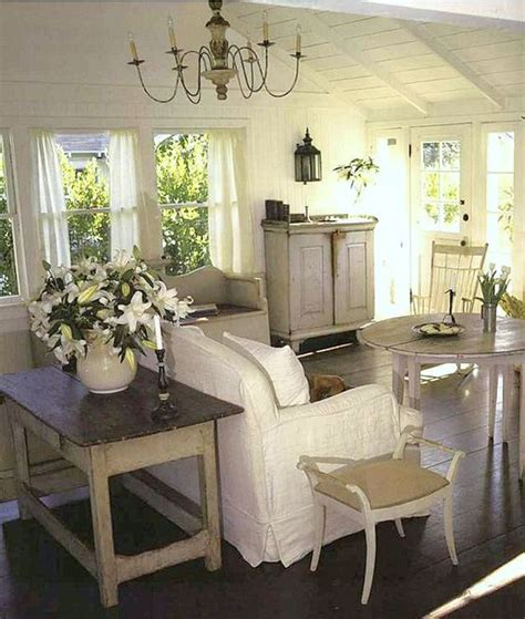 country style floor ls cape cod cottage style white beachy living room