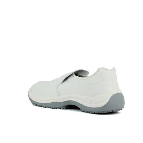 chaussures de cuisine pas cher chaussure de cuisine blanche pas cher homme à 26 45 ht