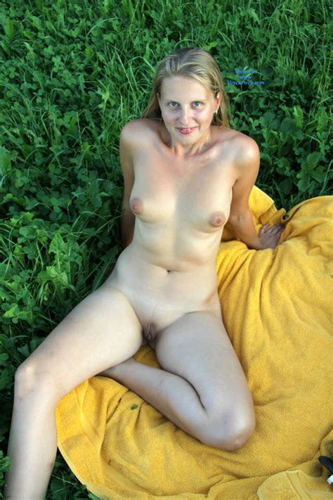 Blonde With Bald Pussy Nude Outdoor September