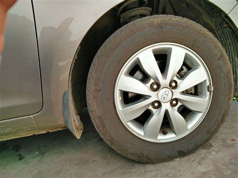 Hyundai I20 Asta Hatchback Car. Registration No.- Od-14a-0488--bulge On Front