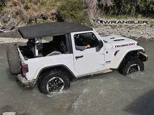 Jeep Wrangler Jl Rubicon : first in action photos videos of 2018 wrangler jl and ~ Jslefanu.com Haus und Dekorationen