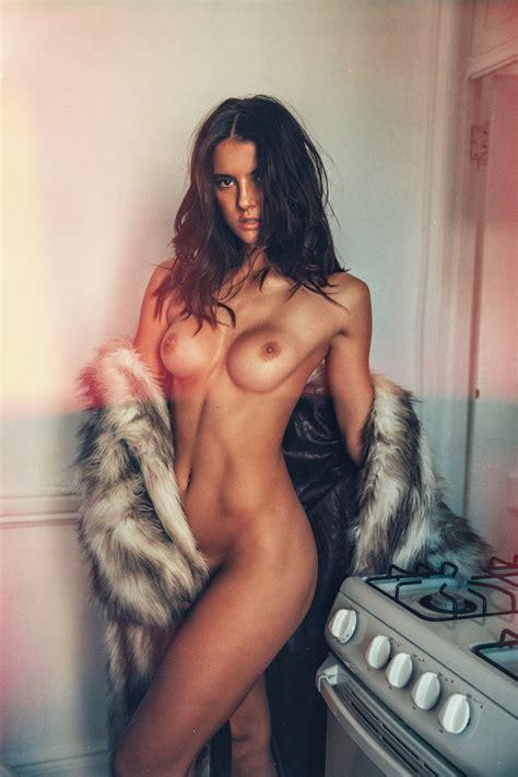 Amanda Riley Nude And Sexy Photos Scandal Planet