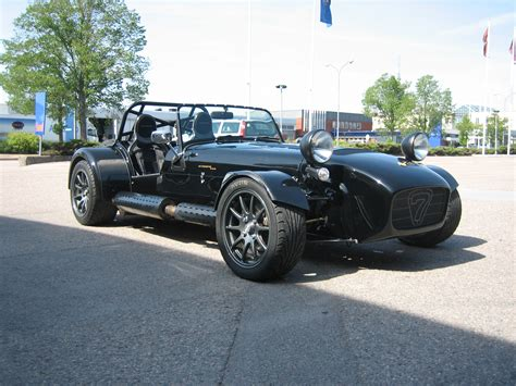 Tpico Caterham Designed For Racing Built For Living