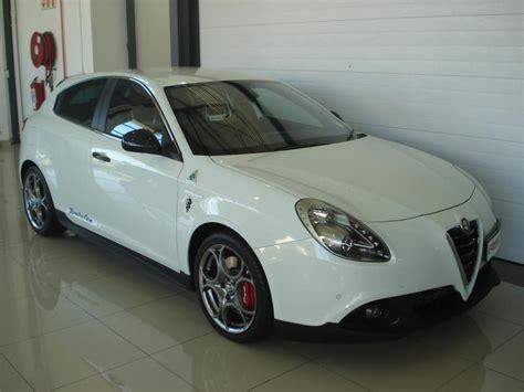 Alfa Romeo Giulietta Qv Squadra Corse Laptimes, Specs