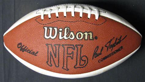 Lot Detail 1997 Denver Broncos Super Bowl Xxxii Team