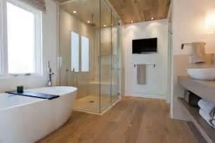 bad offene dusche und badewanne bad ideen dusche dekoration und interior design als inspiration für sie