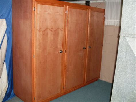 Plywood Storage Cabinet by Diy Plywood Storage Cabinet Plans Free