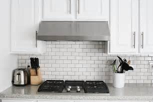 how to install subway tile backsplash kitchen subway tile kitchen backsplash how to withheart
