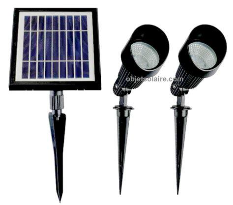 spot solaire puissant fonte d aluminium verre 168 lumens spots solaires objetsolaire