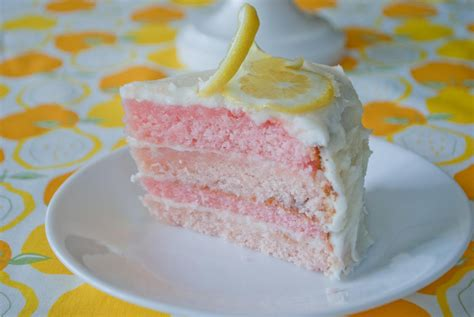 craftycrnr pink lemonade cake  cupcakes