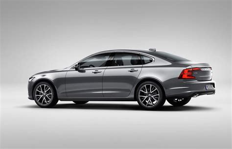 volvo  officially revealed performancedrive