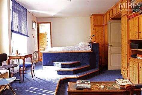 bureau estrade lit en estrade c0257 mires