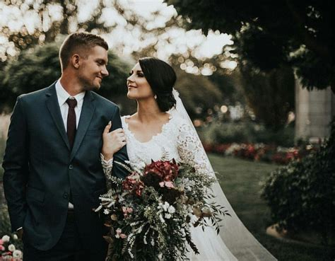 tips  wedding photography build  successful business
