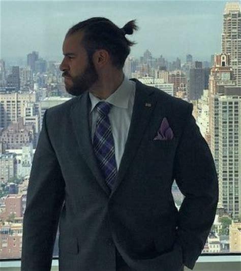 man bun  top knot hairstyles faq guide man bun hairstyle