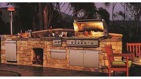 Günstige Küchen Ideen by Outdoor K 252 Che Bilder ᐅ Grilltisch Aus Paletten Grill