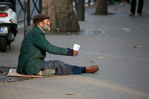 Homeless Want To Help? Prepare To Pay Fine Of $12,000