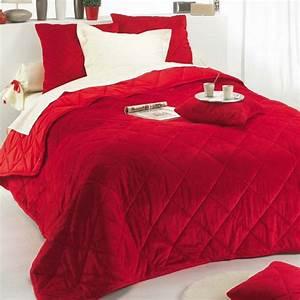 Boutis Pas Cher : couvre lit matelass boutis pas cher mod le de luxe couvre lit jet de lit tentures ~ Teatrodelosmanantiales.com Idées de Décoration