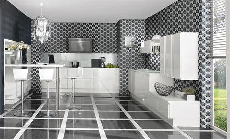 carrelage cuisine noir brillant cuisine blanche pourquoi la choisir maison
