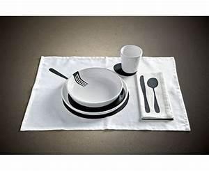 Set De Table Design : nappe originale set de table design et d cal ensemble de table insolite ~ Teatrodelosmanantiales.com Idées de Décoration