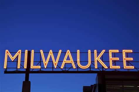 Milwaukee - Brookdale Careers