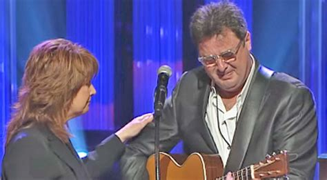 For more country songs picks, read our selections for the best country songs for a funeral. Vince Gill Breaks Down Mid-Performance While Singing 'Go Rest High' At George Jones' Funeral ...