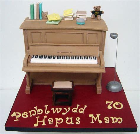 upright piano cake cakecentralcom