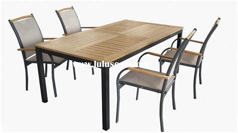 outdoor furniture table and chairs look out for outdoor table and chairs that are easy to