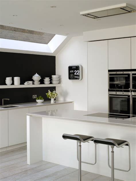 kitchen cabinets gallery of pictures roundhouse minimal kitchens scandinavian kitchen 8053
