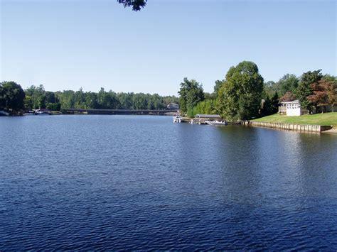 lake hickory neighborhood lake hickory real estate