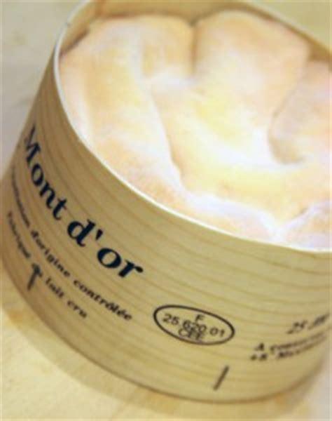 mont d or fromage de la franche comt 233 fromage et bon vin