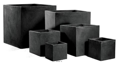 bac a bambou exterieur bac cube fibre de terre noir pour ext 233 rieur terrasse et jardin du site artificielles