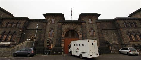uks full  prisons  inmates reoffend