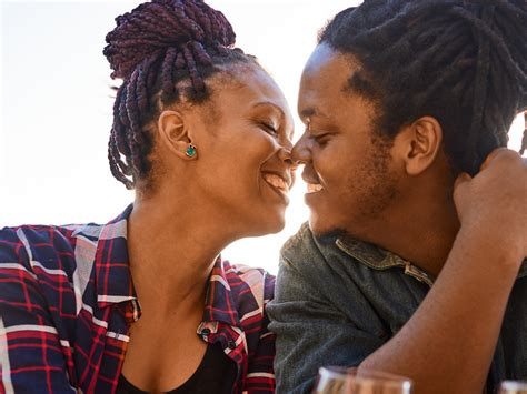 How Long Couples In Lasting Relationships Should Wait To