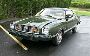Green Machine: 1976 Ford Mustang II MPG
