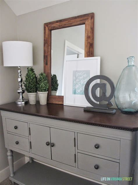 table linen paint color upstairs hallway makeover weekend painting project sloan chalk paint wall