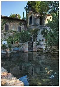 Tempietto Del Clitunno A Photo From Perugia Umbria