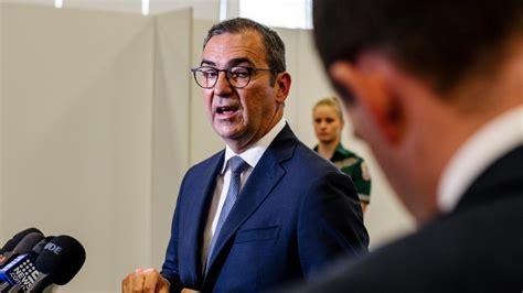 South Australia expands COVID vaccine program to allow ...