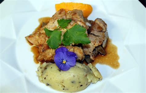 matignon cuisine accueil restaurant la fermette à matignon dans les côtes