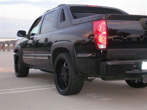 Chevrolet Avalanche 2004 by Elibeemer 2004 Chevrolet Avalanche Specs Photos