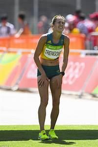 Australian Marathon Runners Limp Across The Finishing Line After Brutal Rio Run