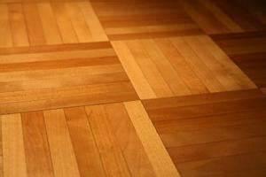 comment faire briller un sol en parquet bois With faire briller un parquet