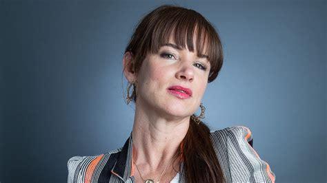 actress juliette lewis bio juliette lewis complete bio