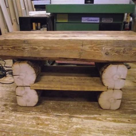 vieux bureau en bois table basse en vieux bois
