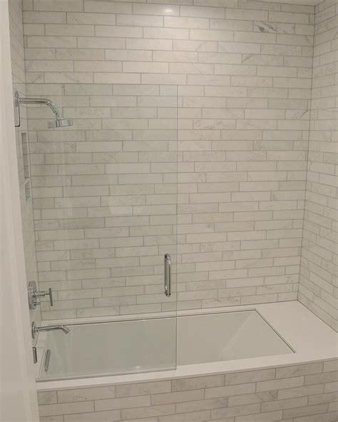 bathroom surround tile ideas 1000 ideas about bathtub tile surround on