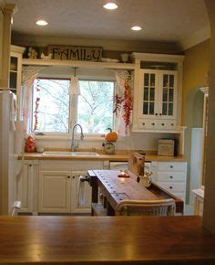 galley kitchens pictures editors picks our favorite green kitchens green 1183