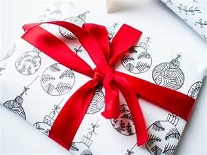 Leinwandbilder Selbst Gemalt : 59 diy ideen wie man geschenkpapier f r weihnachten selbst gestalten kann ~ Orissabook.com Haus und Dekorationen