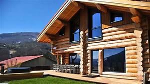 Un Chalet En Rondins De Bois   Une Maison Design Et  U00e9colo