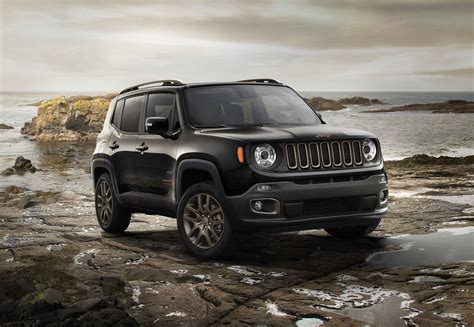 Jeep Showcases 75th Anniversary Models